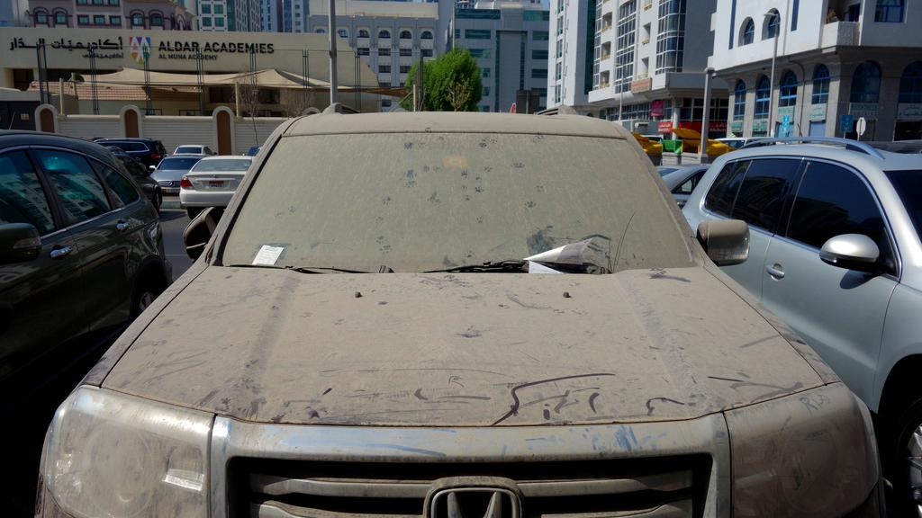 aed 3000 fine for over 100 neglected vehicles in abu dhabi abu dhabi information portal. Black Bedroom Furniture Sets. Home Design Ideas