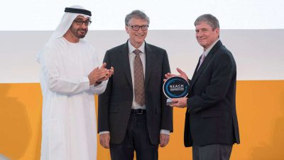 Sheikh Mohamed, Bill Gates discuss cooperation in combating coronavirus outbreak